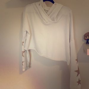 Extra large rue 21 cropped sweat shirt